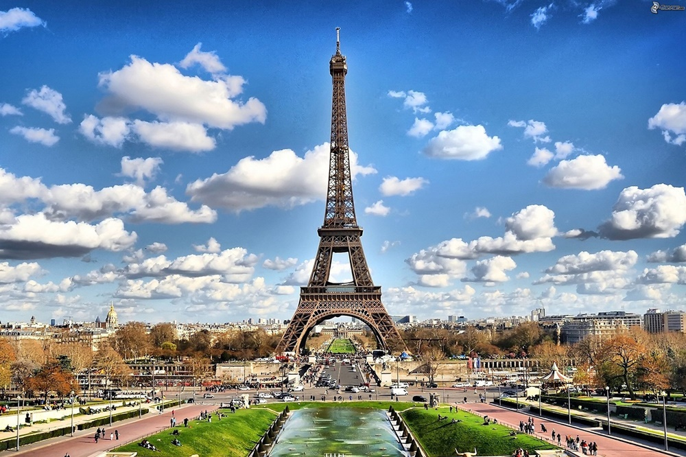 Paris Entertain Tours